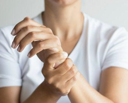 hand wrist pain causes remedies